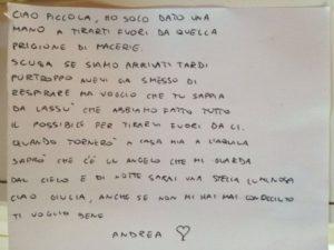 cata-bombero-niña-Italia-