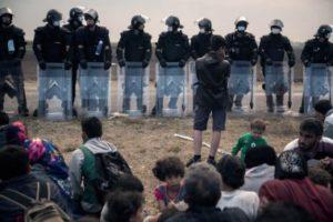 Grupos ultraderechistas atacaron a refugiados-Alemania