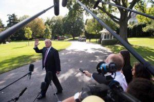 EEUU: Donald Trump estudia romper el acuerdo nuclear con Irán