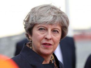 Reino Unido: May guarda silencio sobre qué votaría en otro referéndum para el Brexit
