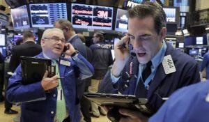 Récord histórico en Wall Street: el Dow Jones superó los 25.000 puntos