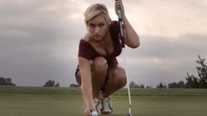 """""""La golfista más sexy del mundo"""", envuelta en una polémica que divide al deporte"""