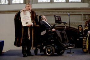 Por qué Stephen Hawking nunca ganó un Premio Nobel de Física