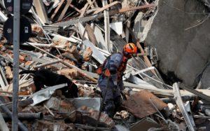 Continúa el operativo en el edificio incendiado y desplomado en San Pablo: hay 44 personas desaparecidas