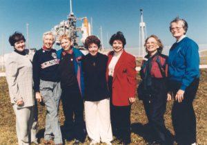 Cómo impidió la NASA que 13 mujeres fueran las primeras mujeres en viajar al espacio